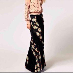 Free People black twisted velvet maxi skirt!!